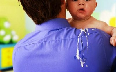 Bayi Muntah Susu – Normal Atau Bahaya?